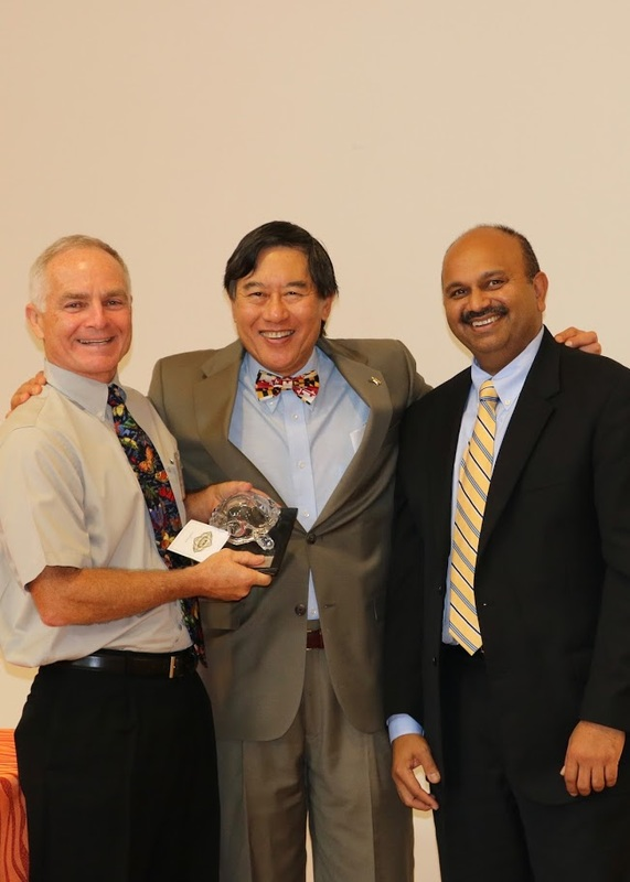 pictured from left to right dr michael raupp professor department of entomology dr wallace loh president of the university of maryland entomology scientist resume